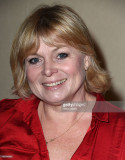 Julie Dawn Cole se presenta en el show de Hollywoo...