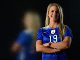 Julie Johnston Soccer Star Talks Preparación para...