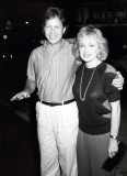 Personalidad de Radio Rick Dees y su esposa Julie...