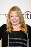 Julie Plec en el 31ro anual Paleyfest el centro de...