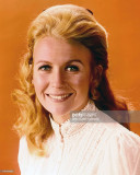 Juliet Mills actriz británica llevaba un highneck...