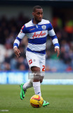 Junior Hoilett de Queens Park Rangers en acción du...