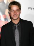 Justin Hartley Foto 11 El estreno de Los Ángeles d...