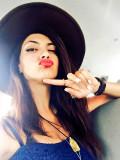 Katia Mosally en Twitter RATATATA Esta chica neces...