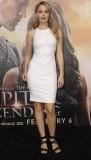 KATIA WINTER en Jupiter Ascending Premiere en Los...