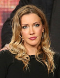 Katie Cassidy CW Arrow Panel TCA Press Tour en Pas...