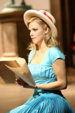 Katie Rose Clarke como Clara en el 1er