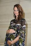 Embarazada KAYA SCODELARIO en Valentino Menswear P...