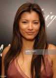 Kelly Hu durante la fiesta de lanzamiento de las g...