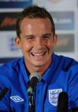 Kevin Davies Kevin Davies de Inglaterra sonríe mie...