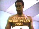 Kevin Peter Hall El actor más alto Kevin Peter Hal...