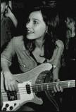 Kira Roessler bajista de Bandera Negra 19831985 Ho...