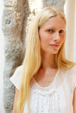 Kirsty Hume Modelo Into