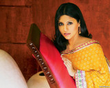 Para descargar la Konkona Sen Sharma Picture Colec...