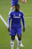 Chelsea s Kurt Zouma sale por seis meses