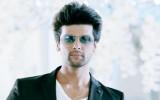 Kushal Tandon sale de su película de estreno Top S...