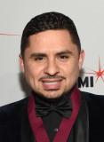 Larry Hernández Larry Hernández asiste al 22º Cong...