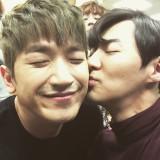 Shinhwa s Lee Min Woo comparte una foto tomada con...
