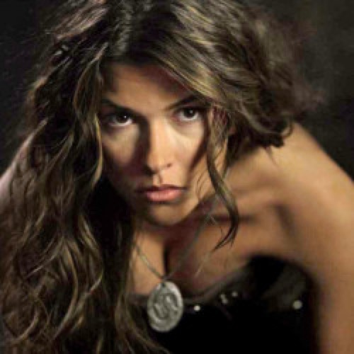 christian kane girlfriend sofia pernas - 500×500